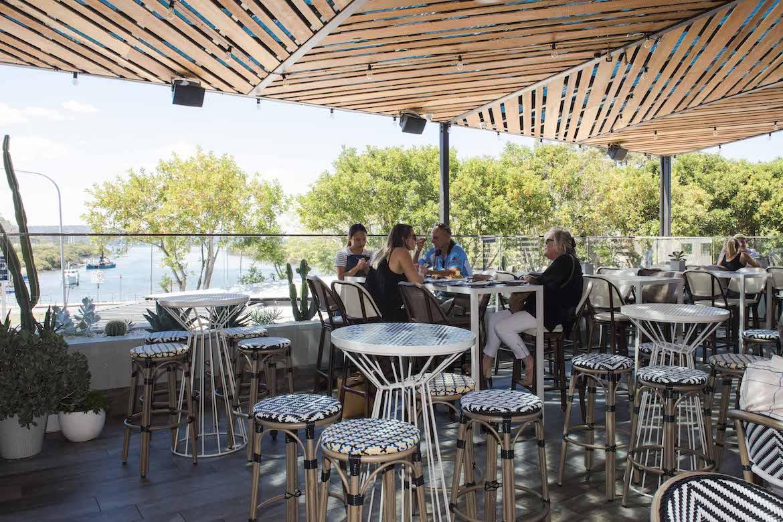 Frankies Rooftop bar, Woy Woy